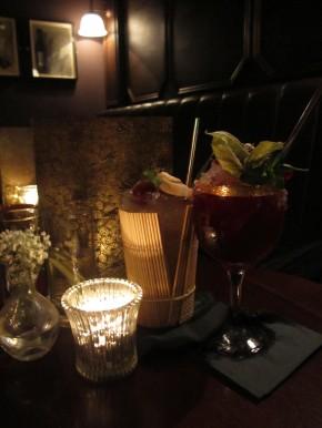 Cocktails in Nightjar bar
