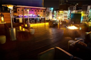 The rooftop bar Golden Bee
