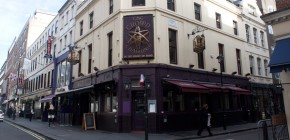 The Crown and Two Chairmen exterior